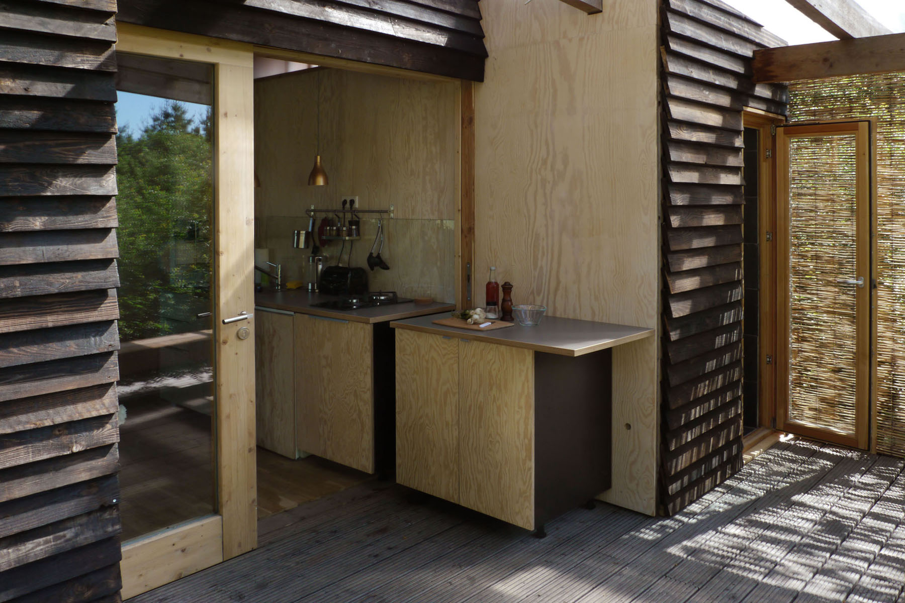 gartenh user rehof rutenberg ferienwohnungen ferienhaus ferien in brandenburg deutschland. Black Bedroom Furniture Sets. Home Design Ideas